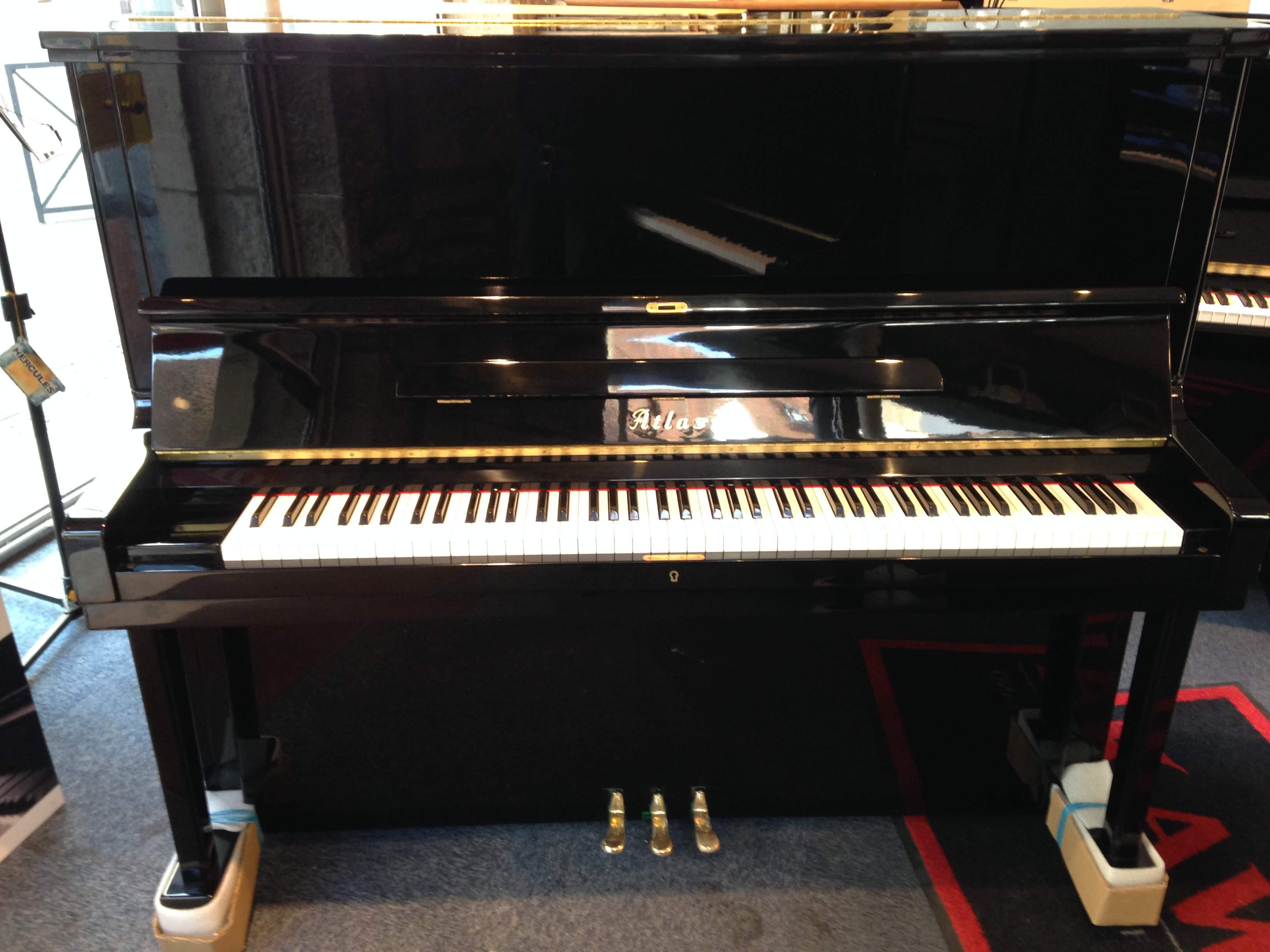 piano droit d 39 occasion atlas a3 bietry musique. Black Bedroom Furniture Sets. Home Design Ideas