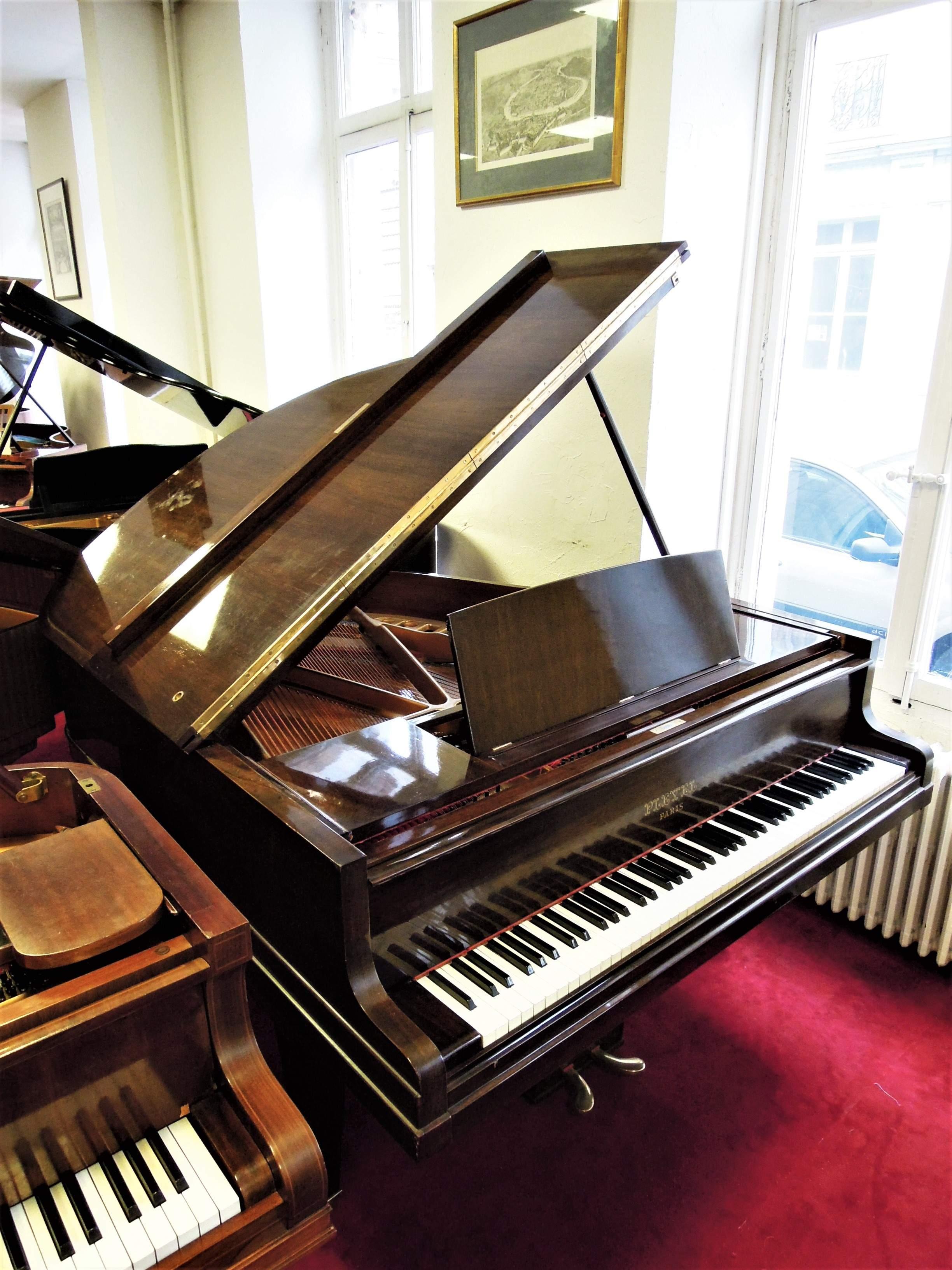 piano queue d 39 occasion pleyel f bietry musique